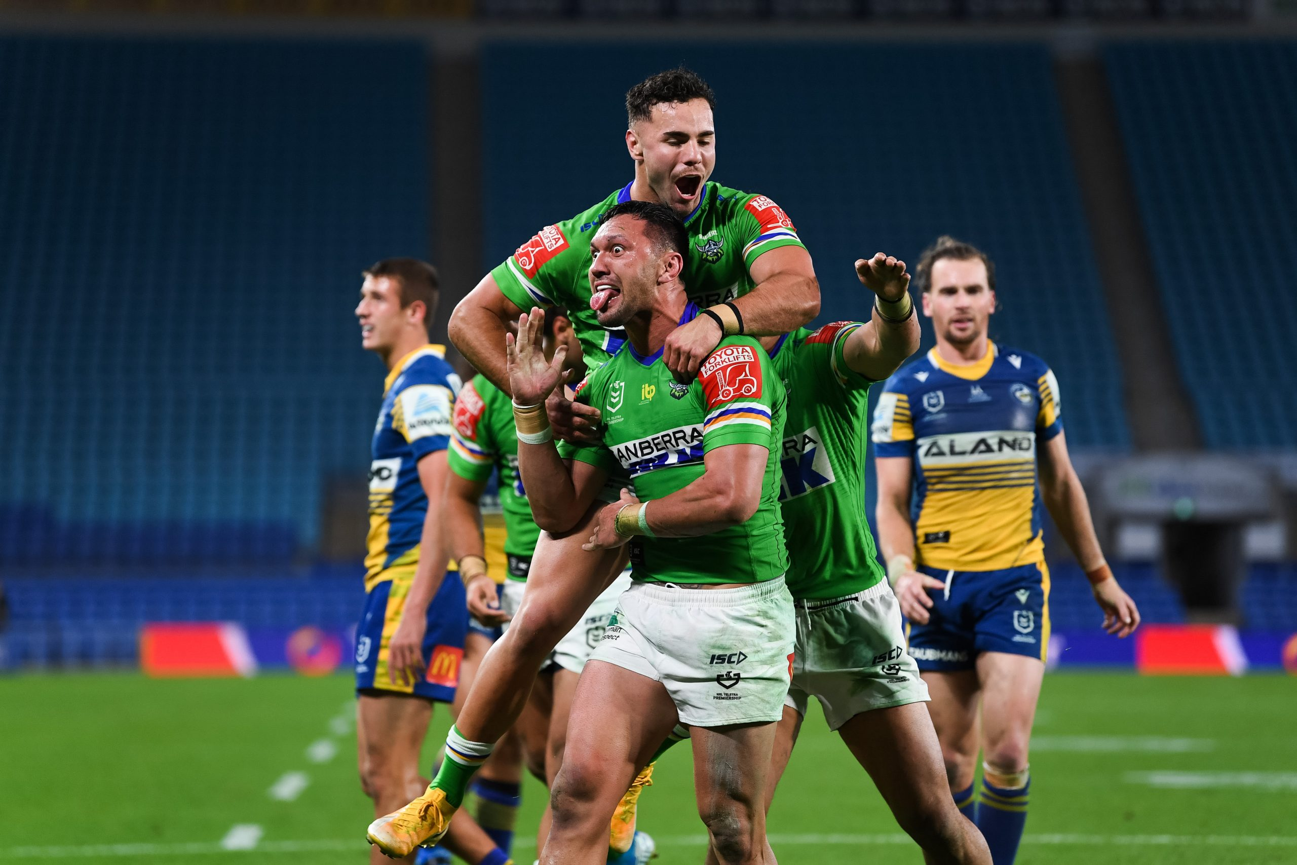 Finals intensity on show as Raiders stun Eels in gritty thriller